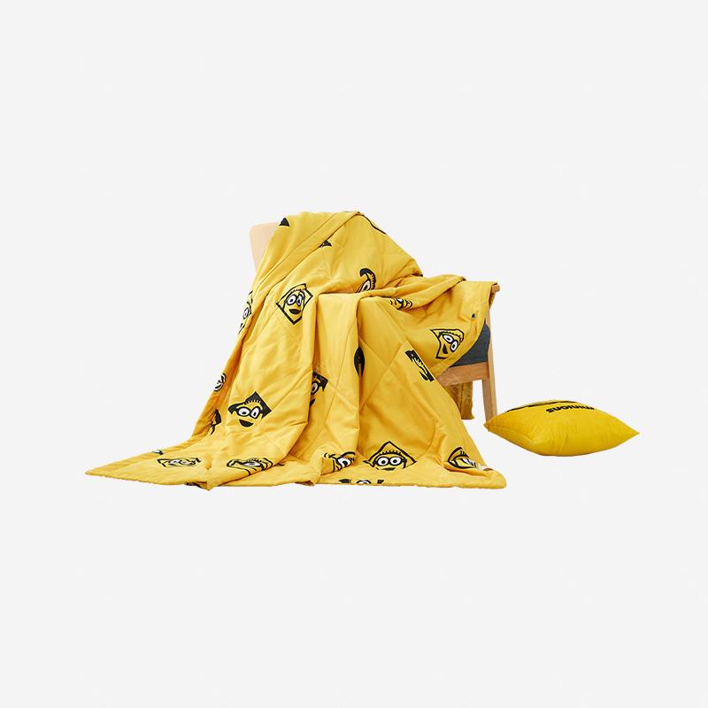 小黄人品牌小黄人时尚薄被空调被